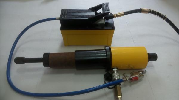 Съемник ТТН-20П пневмогидравлический для выпрессовки и запрессовки сайлентблоков